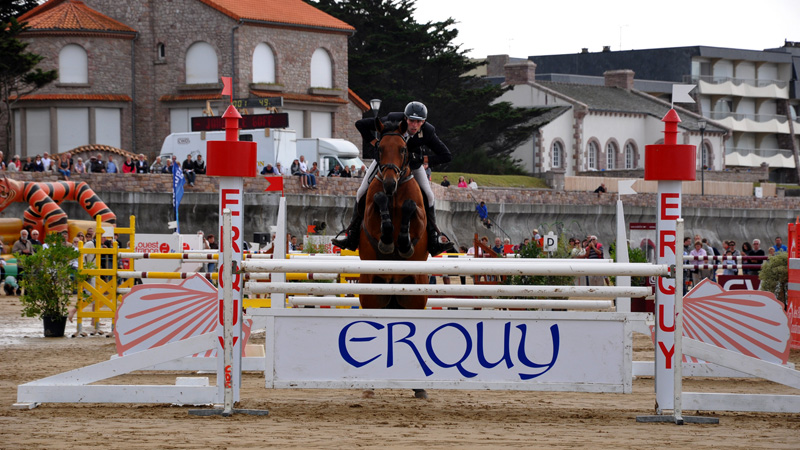 jumping-erquy-plage-05
